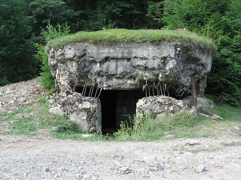 10 Bunker