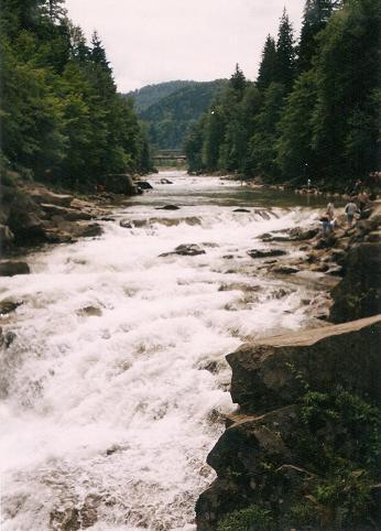 02-waterfall