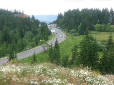 Вид на Яблунецький перевал – межу областей