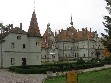 Мисливський замок Шенборнів на Закарпатті
