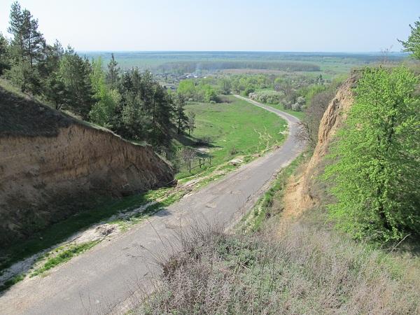 Спуск до села Межиріч