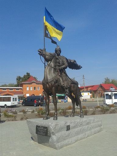 Війна пам'ятників: Калнишевський вижив Леніна з Недригайлова