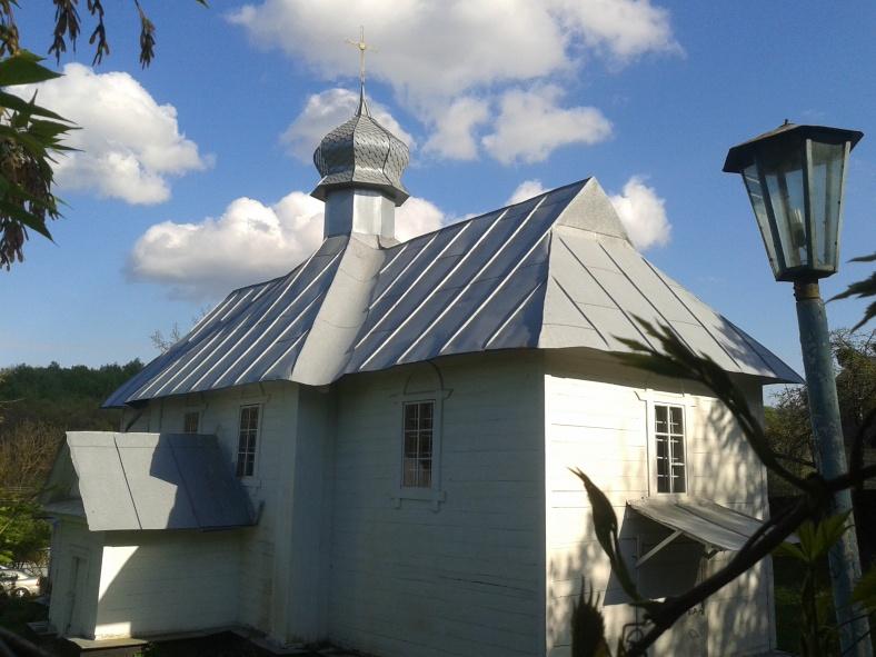 Церква у селі Креничі