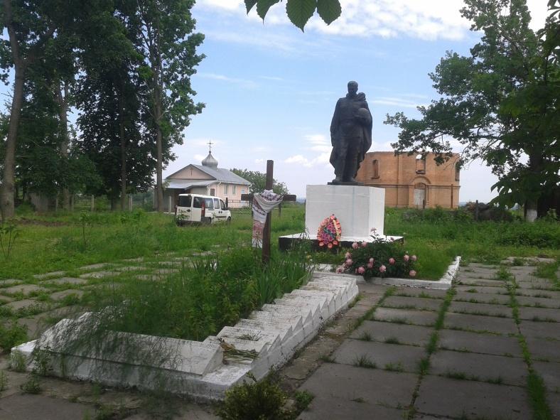Хресто-Воздвиженський храм буде споруджено неподалік пам'ятника радянським воїнам