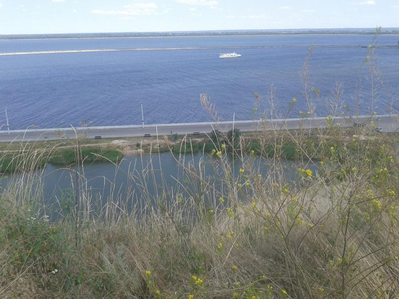 Десь по Київському морю плавають пірати і ховають свої скарби!
